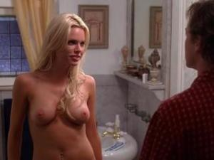 Video Sophie Monk Desnuda - Sexo A La Carta (2007)