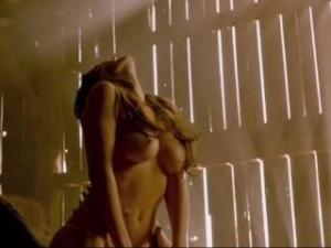 Video Merritt Patterson Nude - Wolves (2014)