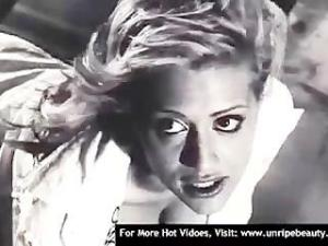 Video Brittany Murphy In Sin City - Part 01