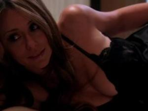 Video Jennifer Love Hewitt - Client List Season 2 - Cleavage - Part 2