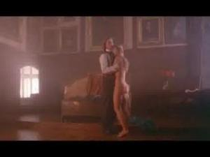 Video Elizabeth Hurley In Aria