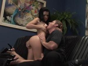 Video Rebeca Linares, Alex Sanders