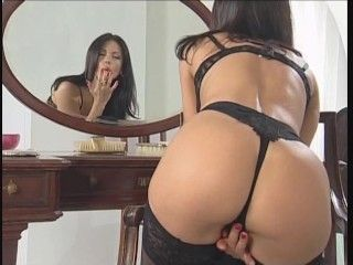 Video Amazing Veronica Zemanova In Black Lingerie