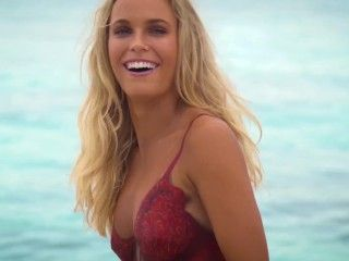 Video Caroline Wozniacki - Si Swimsuit 2016 Outtakes