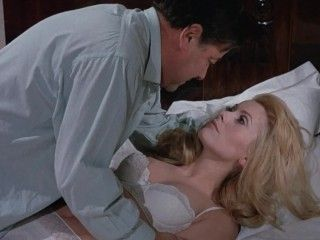 Video Catherine Deneuve - Belle De Jour (1967)