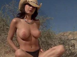 Video Kelly Monaco Desnuda - Bikini Destinations