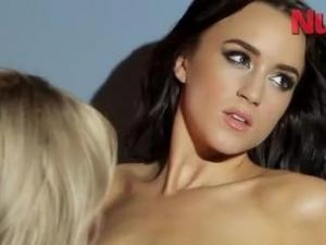Video Rhian Sugden Y Rosie Jones - Nuts