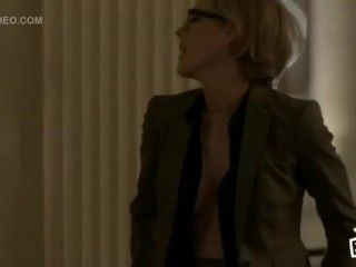 Video Kathleen Robertson