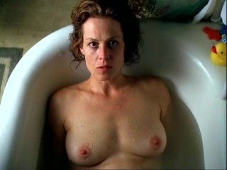 Video Sigourney Weaver - A Map Of The World (1999)