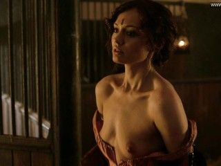 Video Laura Haddock Desnuda - Da Vinci's Demons (2013)