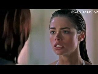 Video Neve Campbell & Denise Richards Topless Lesbian Kiss On
