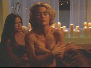 Video Kelly Carlson Y Rhona Mitra Nip Tuck 2