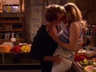 Video Julie Bowen-Weeds