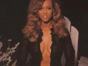 Video Mariah Carey, Alicia Keys, Tyra Banks Disrobed!