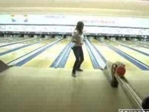 Video Shay Laren Playing Wii And Goes Bowling