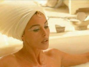 Video Monica Bellucci - Asterix & Obelix