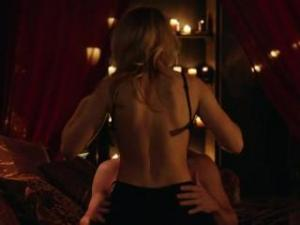 Video Emily Bett Rickards Escena De Sexo (felicity Smoak) - Arrow S03e20