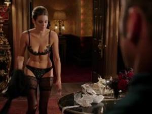 Video Keeley Hazell - The Royals S02E04 (2015)