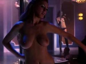 Video Eva Amurri Stripping Topless On Californication