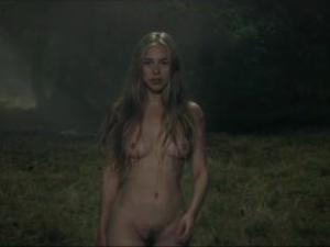 Video Margot Lourdet Desnuda En El Corto Naked