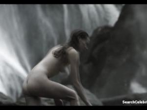 Video Alyssa Sutherland Nude - Vikings (2013) S01E09