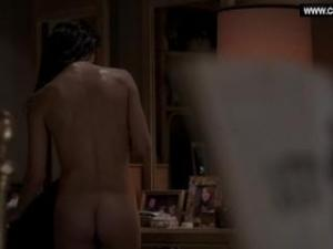 Video Keri Russell - Drops Her Towel, Bare Butt - The Americans S03E03 (2015)