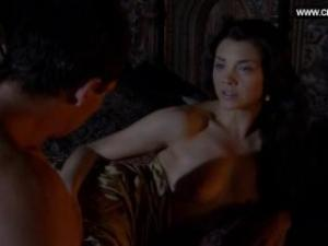 Video Natalie Dormer Desnuda, Sexo - The Tudors S02e02 (2008)