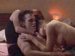 Video Denise Richards Threesome Sex Scene From Wild Things