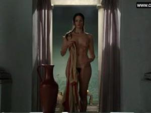 Video Katrina Law Totalmente Desnuda - Spartacus