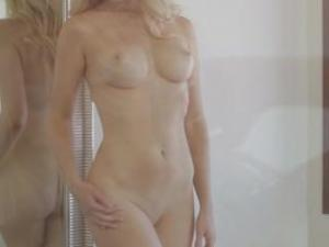 Video Tiffany Toth Nude - Playboy Photo Shoot