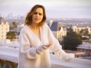 Video Emilia Clarke - Too Cute
