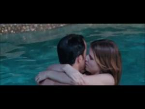Video Anna Kendrick Sexy Pool Scene