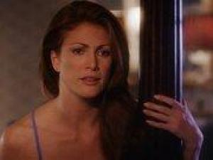 Video Angie Everhart - The Stray